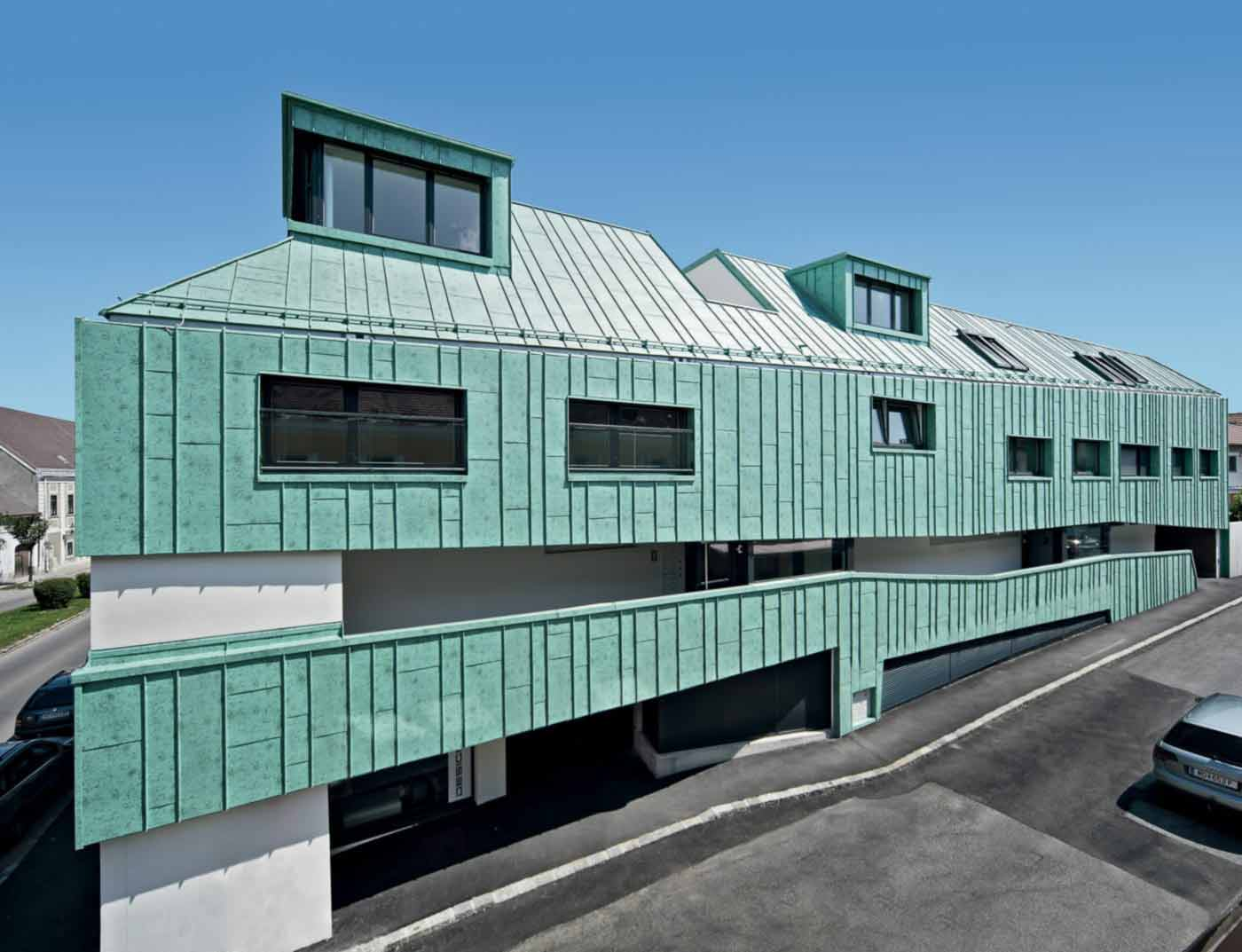 Reference buildings PREFA Roof systems Roof system Prefalz® 46 P.10 patina green